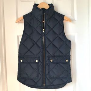 NWT JCrew navy quilted vest